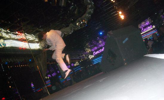 Donny Gets Air.jpg